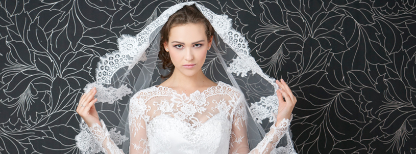 Trend Alert: Full length sleeves wedding gown