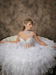 Bella's Couture Style No. 1015
